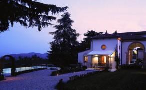 Villa a Monteberico (VI)