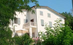 Villa a Montebello (VI)
